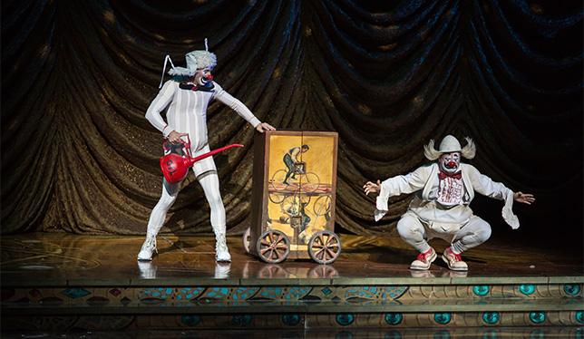 Cirque du Soleil, ©2013 par Matt Beard.