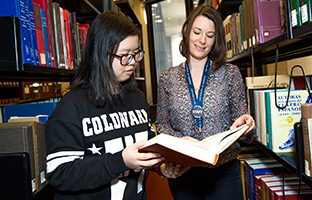 U of T's Personal Librarian program eases the university transition for first-year students