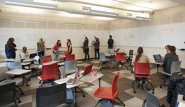 The Ellis Hall active learning classrooms at Queen's University encourage collaborative learning and innovation in teaching. Photo courtesy of Queen's University.