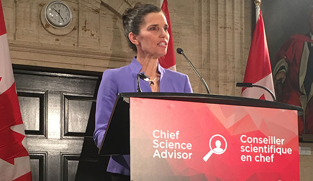 Minister Kirsty Duncan at the announcement on December 5, 2016. Photo by Helen Murphy, Universities Canada.
